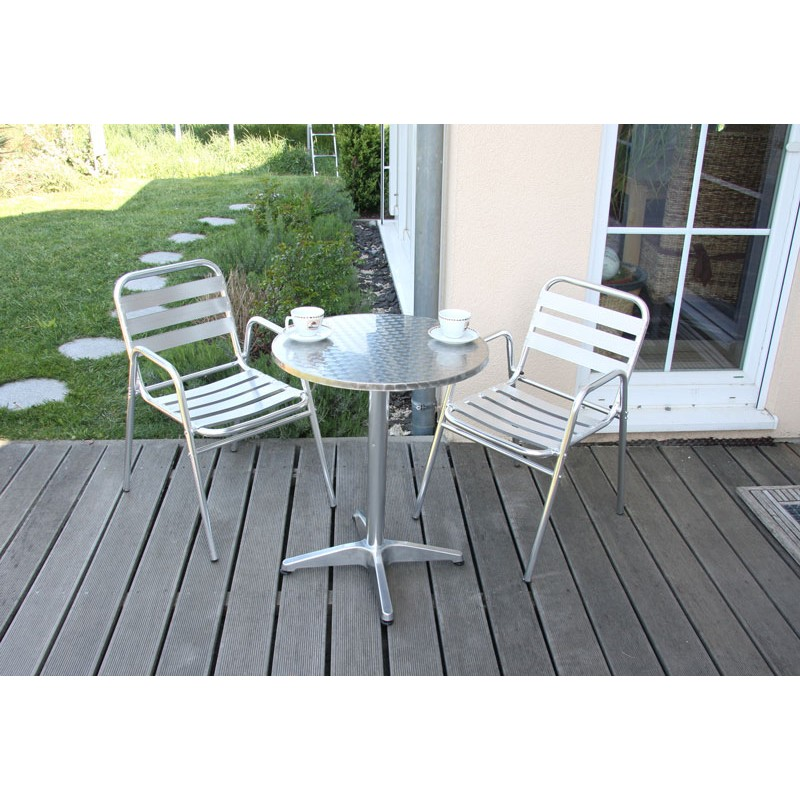 Table et chaises de jardin plastique zip for Lot chaise de jardin